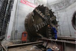 郑州220千伏红旗变首次电缆敷设完工
