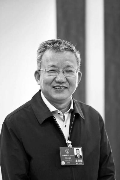 国网河南省电力公司董事长侯清国:加快农网改造升级 服务乡村振兴战略