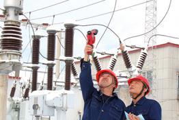 白山供电:巡视设备