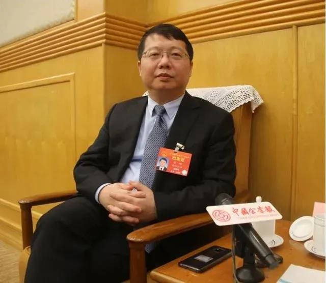 全国人大代表、贵州六盘水市市长李刚:借力大数据综合试验区 建设六盘水5G示范城