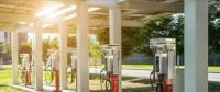 坚持服务为本 推动新能源汽车充电桩建设取得新成效