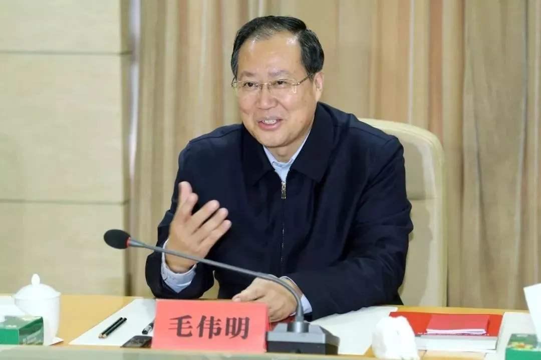 中央广播电视总台专访国网董事长毛伟明:尽快形成能源互联网的产业链