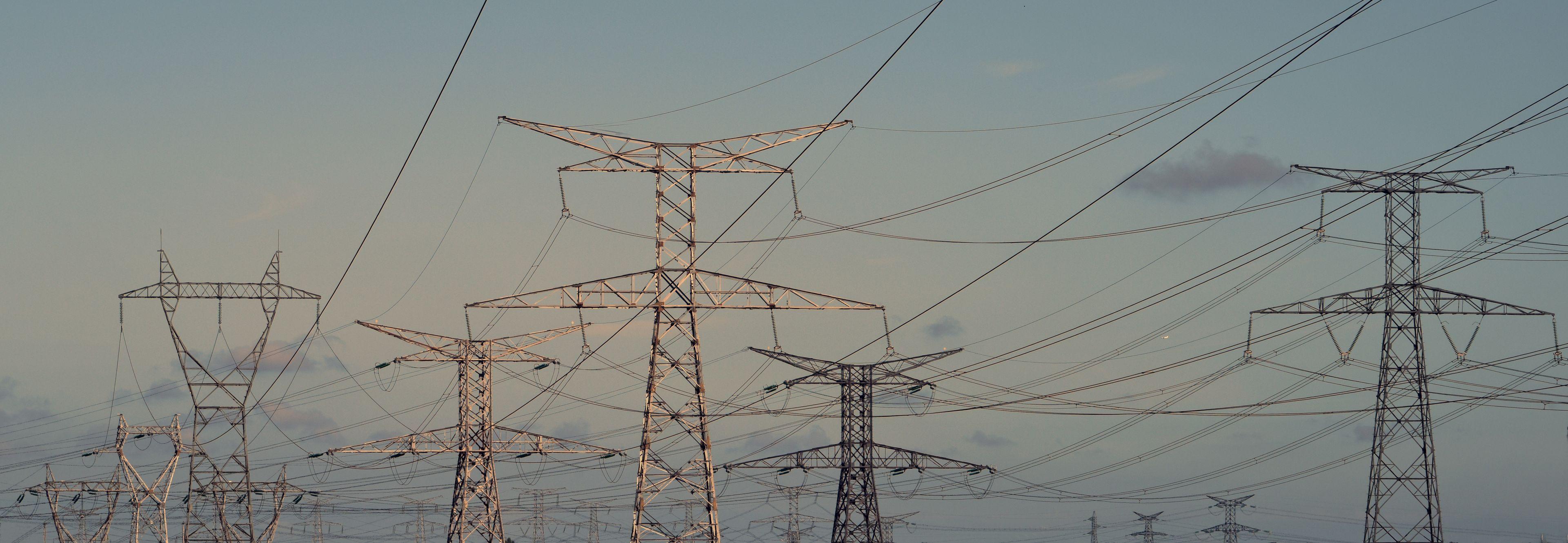 能源要闻丨世界在建最大水电站白鹤滩水电站地下厂房全线封顶